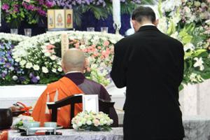 ご導師入場・葬儀 告別式開式